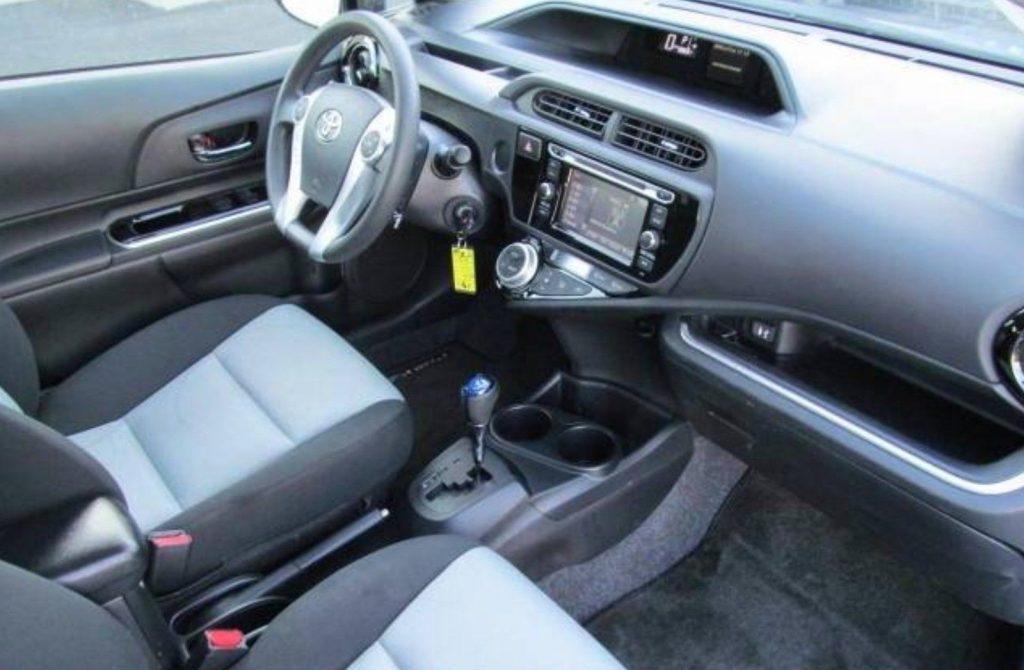 NICE 2015 Toyota Prius C 4DR Hatchback