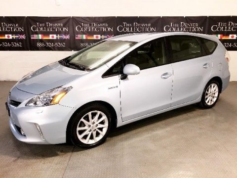 BEAUTIFUL 2013 Toyota Prius V Three for sale
